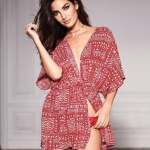 Victoria's Secret hearts pattern kimono cover, O/S